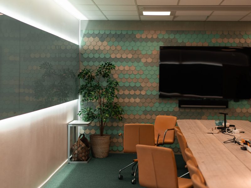 Our beautiful bord meeting room, or for the best ever workshop results
